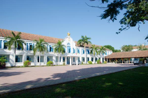 Tòa nhà Hành chính